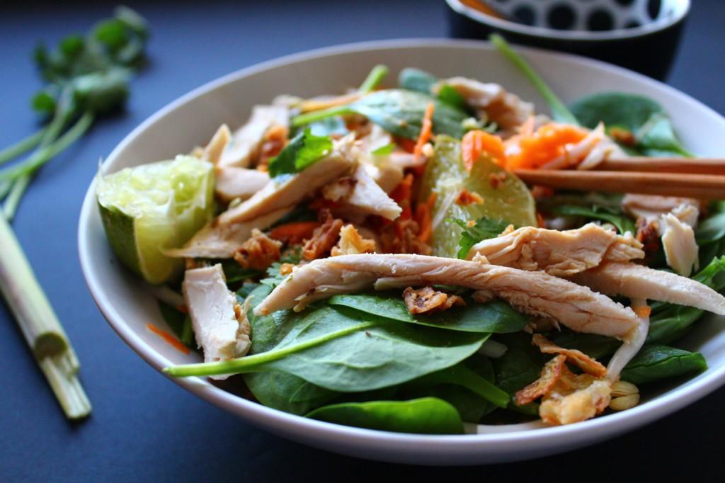 salade poulet thai