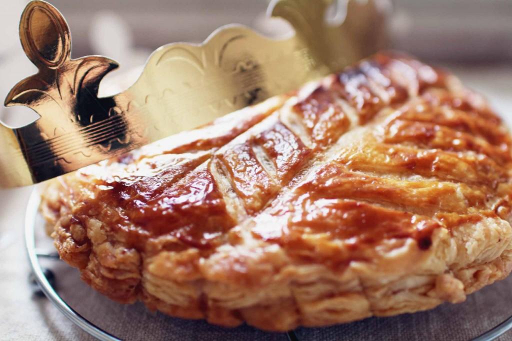 galette rois poires chocolat epiphanie 1024x682 Galette des Rois maison au chocolat et aux poires