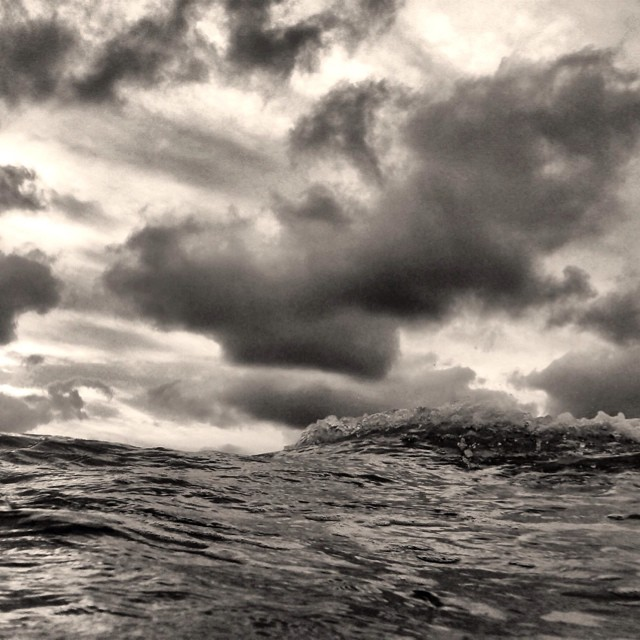 Hello #waves ! #sea #liveauthentic #explore #instagood #clouds #vsco #chilling