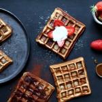 Gaufres {Cyril Lignac} & toppings choco-coco, caramel ou fraises