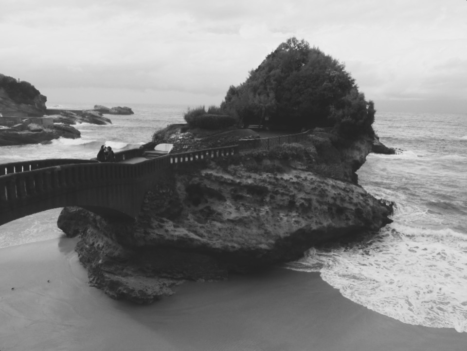 rocher de la vierge biarritz