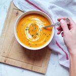 Velouté de carottes au curry rouge et lait de coco