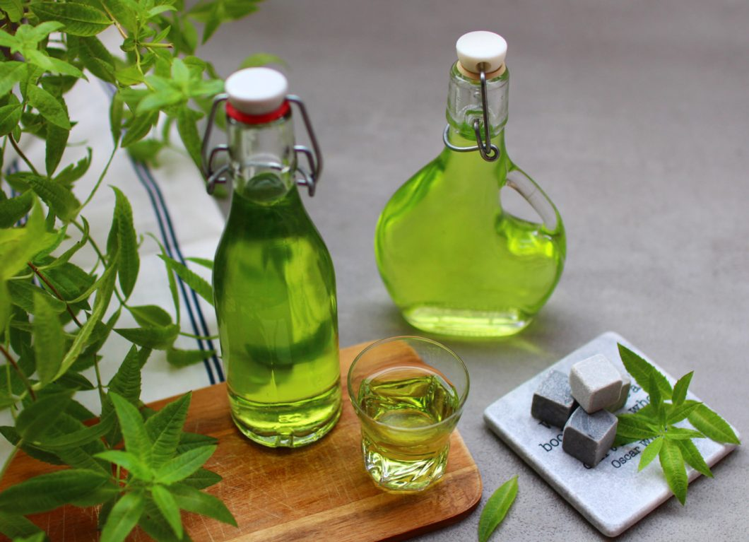 liqueur de verveine citronnelle