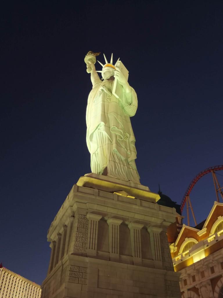 statue liberty las vegas