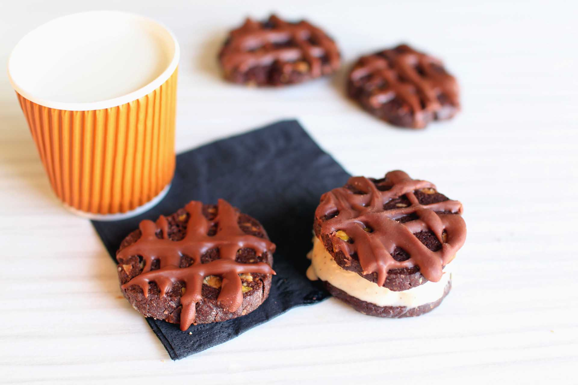 cookies fourres glace vanille chocolat