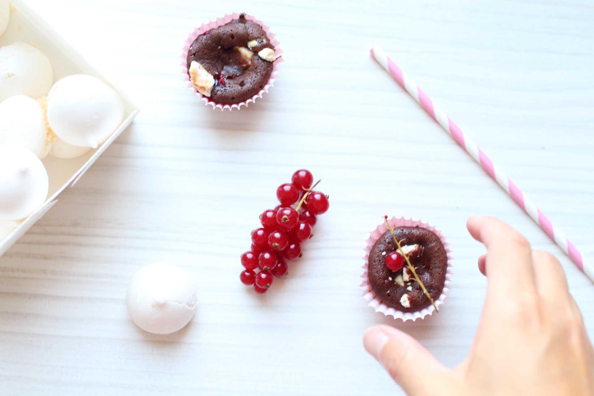 moelleux chocolat meringue groseilles