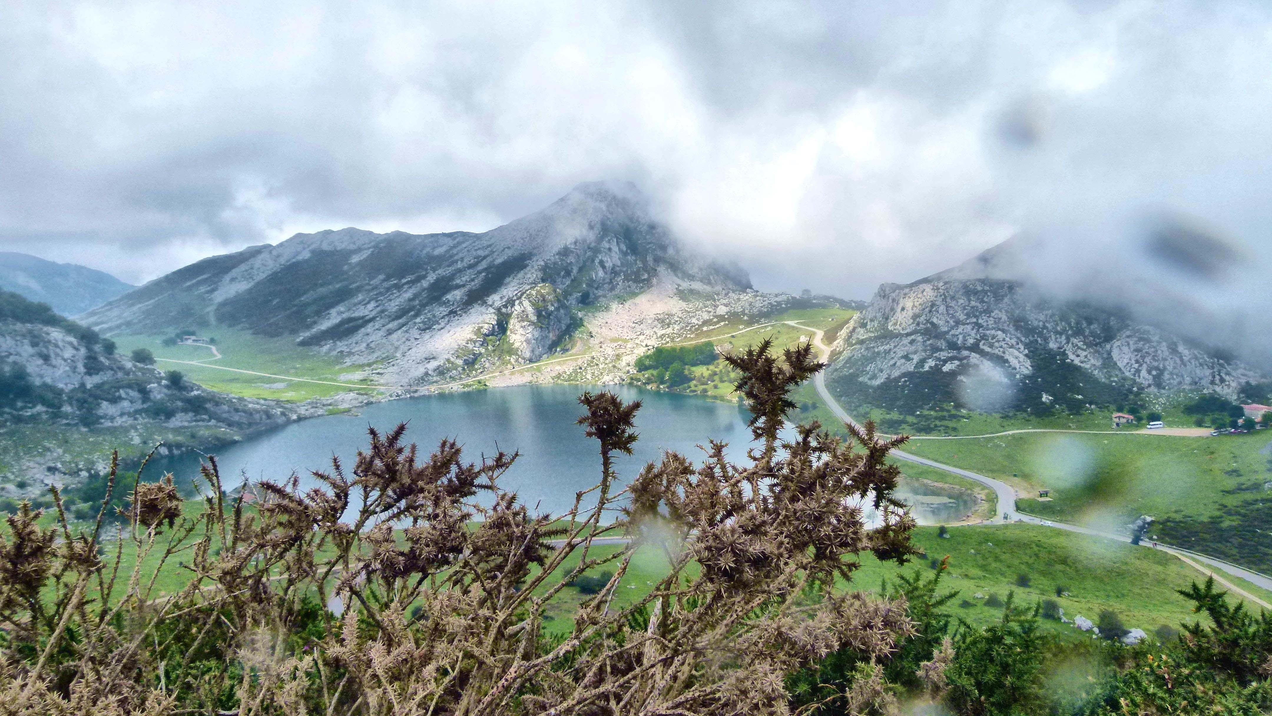 picos europa lago covadonga2