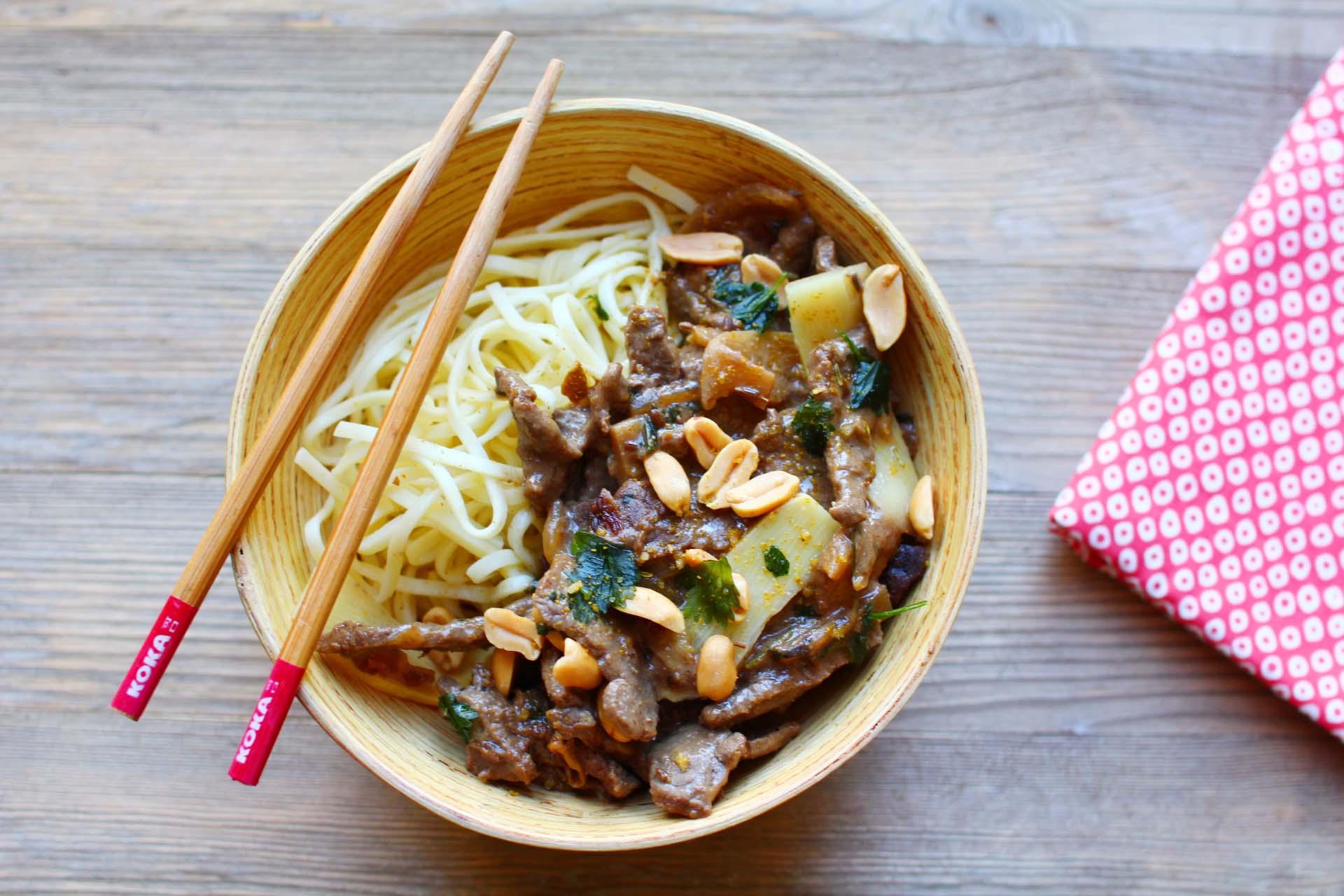wok boeuf bambou-cacahuetes