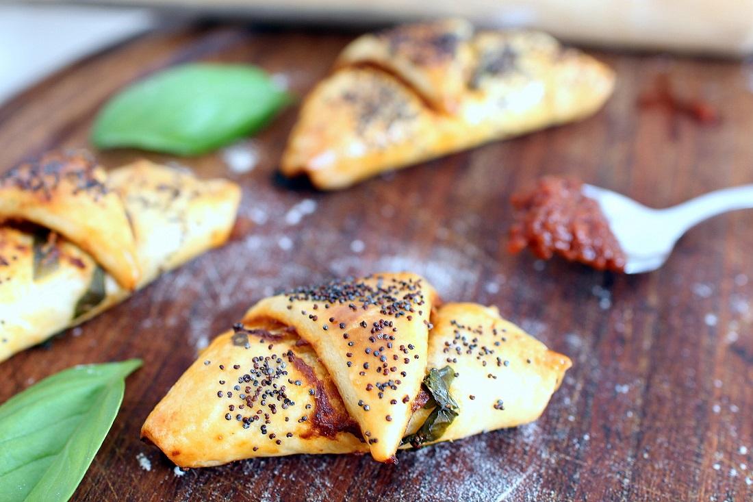 croissant_tomate_mozza_taille