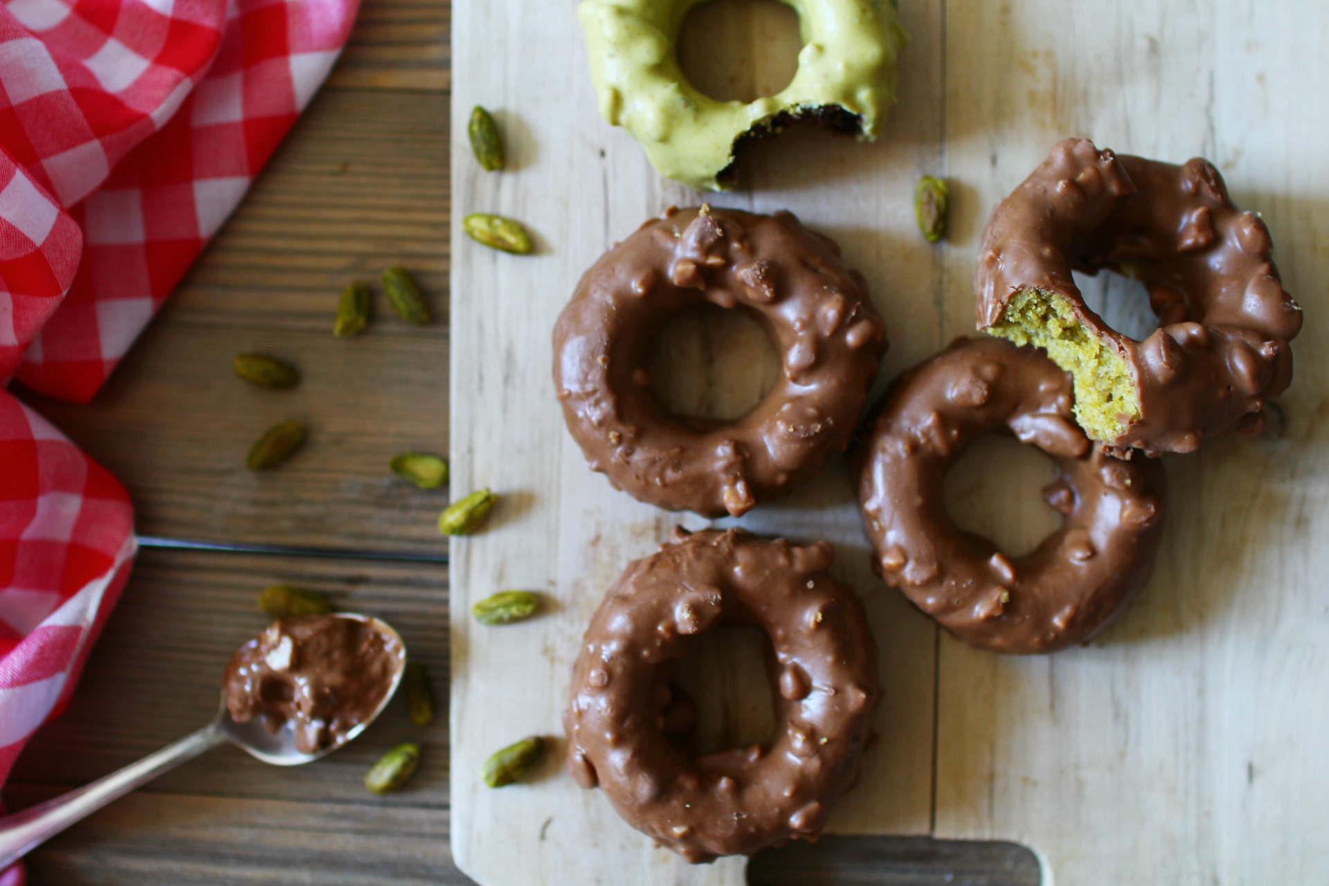 gateau donut chocolat pistache