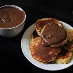 Pancakes faciles au yaourt (avec plein de pâte à tartiner)