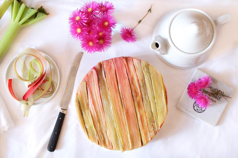 Que Faire Des Fleurs De Rhubarbe la tarte à la rhubarbe de philippe conticini : recette
